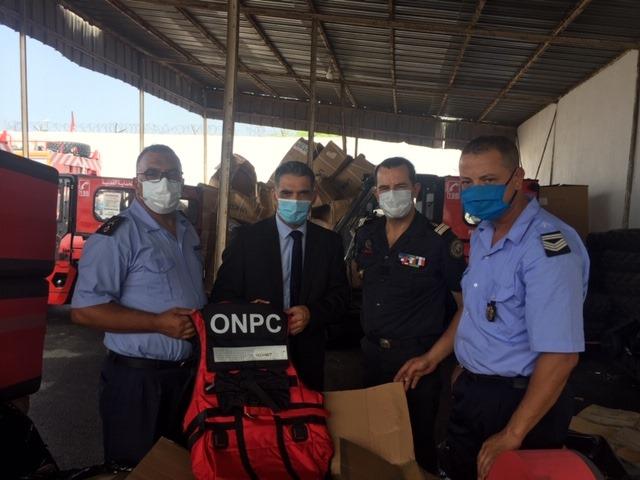 Remise aux sapeurs-pompiers tunisiens de matériel de secours et de sauvetage en eaux vives