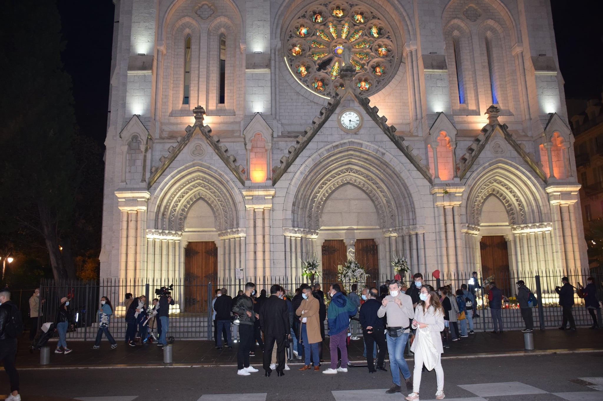 La diaspora tunisienne manifeste sa compassion envers les familles des victimes de l'attentat de Nice