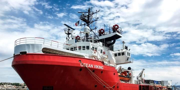L'Océan Viking quitte Marseille au secours des migrants